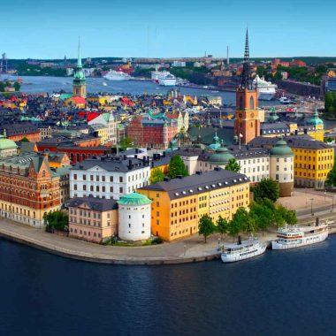 La Suède d'îles en lacs